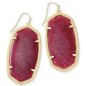 Kendra Scott Elle Earrings in Maroon Jade ❤️